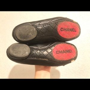 CHANEL Shoes - Chanel 39 Cambon quilted ballet flat lamb leather